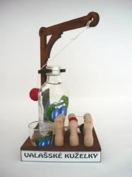 Dřevěná dárková sada RUSKÉ KUŽELKY s lahví Mplacka 100ml a 2x ka
